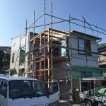 photo:富塚の家  2階リビングとつながるデッキ